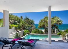 Luxury 4 bed 4 bath holidays www.beachhousenoosa.com