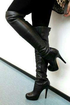 Black Over Knee Boots 2013 - Boots Booties for Women Ugg boots give them to me now and I mean now because if my friends saw me wearing them they would freak out. All my friends love bows and what a perfect way to ugg-onsale. Black Over Knee Boots, Thigh High Boots, High Heel Boots, Heeled Boots, Bootie Boots, Black Boots, Long Boots, Tall Boots, Stiletto Boots