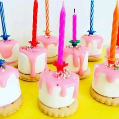 50 originele of gezonde traktatie school of kinderd. Healthy Birthday Treats, School Birthday Treats, School Treats, Party Treats, Healthy Treats, Party Fiesta, Cupcakes, Food Humor, High Tea