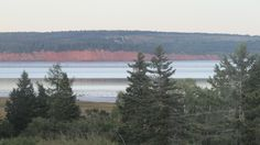 View of the tide coming in Hopewell Rocks