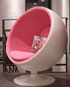 Ball Chair in White with Pink Fabric. Lucie would look so beautiful in this!!!!!!