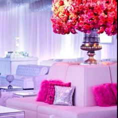 This wedding set up is gorgeous!