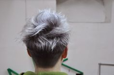 Think I want to make my hair this ash grey color ... I'm worried I'd look like a skunk though with grow out ..