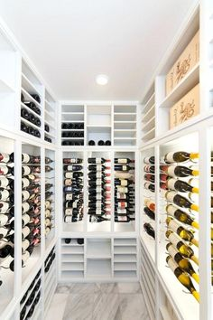 Smashing Idea of Cellar Design - Welcome back, readers! Now I will share the fully great Cellar design that my landlord really love it ** You Need To Click The Pin For Details Info ** We hope you love it ^_^ Cellar Decor Ideas Slow Cooker Meal Prep, Wine With Ham, Sauce Pizza, Le Closet, Cellar Design, Easy Bread Recipes, Wine Storage, Home Entertainment, Wine Cellar