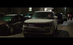 Range Rover Vogue - Bad Moms (2016) Movie Scene