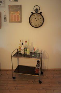 Vintage Tische - Barwagen Mid Century - ein Designerstück von Pfaennle bei DaWanda Shabby, Industrial, Bar Cart, Designer, Furniture, Home Decor, Vintage Table, Tables, Dinner Table
