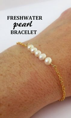 Real freshwater pearl bracelet available in gold or silver. Makes a stunning bridesmaid bracelet / wedding jewelry.
