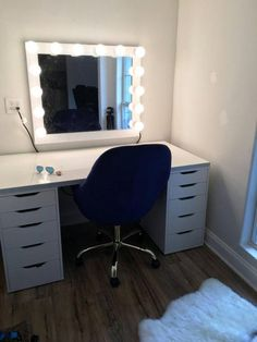 Perfect for Ikea vanity - All About MakeUp Vanity Makeup Rooms, Ikea Vanity, Vanity Room, Makeup Vanities, Bathroom Vanities, Chic Bathrooms, Beauty Room Decor, Makeup Room Decor, Home Design
