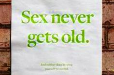 Tips on Senior Dating -  It's about Sex and the Senior Citizen. Older adult sexuality. www.boomerscupid.com