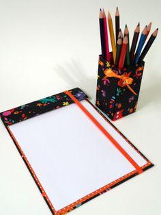 Kit risque e rabisque + porta lápis de cor com 12 cores www.elo7.com.br/dabia