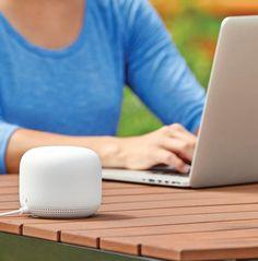 Mesh Networks: You Get What You Pay For Phillips Hue, Mesh Networking, Smart House, Apple Homekit, Kit Homes, Siri, Apple News, Bulbs, Led