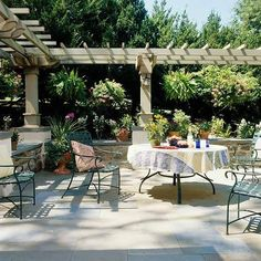 The pergola kits are the easiest and quickest way to build a garden pergola. There are lots of do it yourself pergola kits available to you so that anyone could easily put them together to construct a new structure at their backyard. Curved Pergola, Building A Pergola, Small Pergola, Pergola With Roof, Wooden Pergola, Pergola Shade, Pergola Kits, Gazebo, Gardens