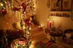 so much chirstmas spirit, decorations!