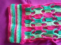Uiteinde van de sjaal Knitted Shawls, Crochet Shawl, Free Crochet, Shawls And Wraps, Crochet Clothes, Crochet Patterns, Crochet Ideas, Blanket, Knitting