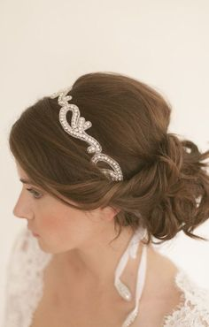 Love this headband. Reminds me of paisley