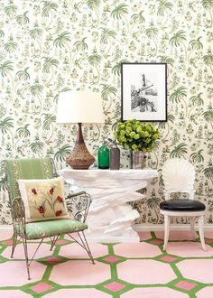 this room is a bit of a mishmash but it has lots of charming elements: palm wallpaper, ladybug pillow, graphic flatweave in preppy colors Unique House Design, Cool House Designs, Elegant Home Decor, Elegant Homes, Miami Beach, Palm Beach, Palm Wallpaper, Green Home Decor, Green Rooms