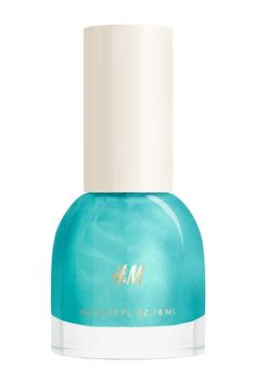 Nail polish: Fashion-focused nail polish in a gorgeous array of inspiring colours and effects. Application is quick and easy – one coat of the high-gloss formula provides a rich, flawless finish. 8 ml. How to use: Apply on top of a base coat and finish with a top coat for extra protection and shine.