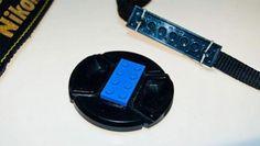 Para no olvidarse el cubre lente de una cámara de fotos http://ir.tn.com.ar/1ktlM7h