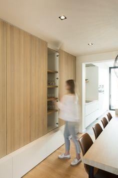 Cosy Dining Room, Dining Room Design, Dining Room Inspiration, Interior Inspiration, Plywood Interior, Timber Kitchen, Simple Living Room Decor, Closet Designs, Home Decor Furniture
