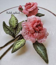 آموزشگاه گل بوته _هاله اقبالی (@golboote_gallery) • Фото и видео в Instagram Embroidered Roses, Embroidery, Gallery, Plants, Instagram, Needlepoint, Roof Rack, Plant, Planets