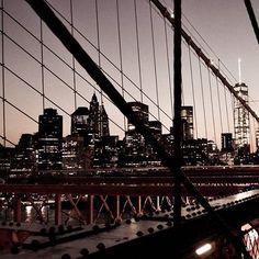 What a view! . . . . . . . . @newyork_instagram#city #nyc #newyorkcity #newyork #night #skyline #photography #brooklynbridge #capture #newyorkstateofmind #citylife #travel #travelgram #ilovenewyork #view #tbt #wanderlust #letsgosomewhere #thevagabondwayfarer #instagood #manhattan #architecture #bigcity #america #unitedstates #bridge #travelblogger #houstonblogger #instatravel
