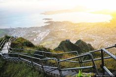 1 thing you must do in each of the 50 states. Stairway to heaven is Hawaii's. #wanderlust #travel