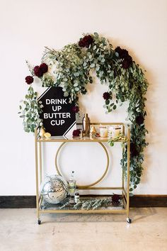 How to style an autumnal bar cart the DIY way (sign tutorial and spiced pear cocktail recipe included) | Photo by Plum & Oak