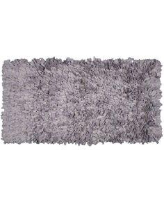 Tenemos las últimas tendencias en alfombras con tiras de algodón suaves y cálidas a los mejores precios. Originalidad y calidad unidas para ofrecerte lo mejor.