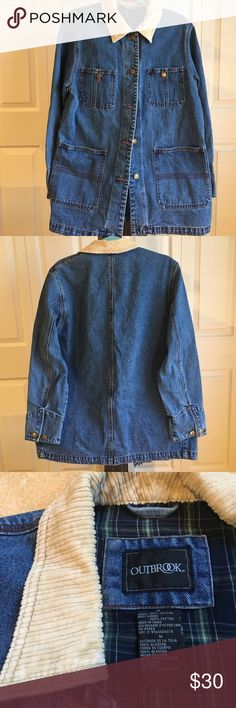 ➕ Vintage Denim Jacket ➕ This jacket is dope!! The pockets and corduroy collar are the best 😍 I'm a small and this is a medium. It definitely fits true to a medium so that's why I'm selling. Vintage Jackets & Coats Jean Jackets