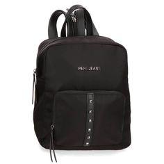 Tres bolsillos interiores, uno de ellos con cremallera, para guardar los accesorios y efectos personales. Bolsillo frontal y en la parte de atrás para guardar los accesorios más pequeños. Tirantes ajustables y unidos por una cremallera que ofrecen la posibilidad de llevarla tipo mochila o tipo bolso. Pepe Jeans, Fashion Backpack, Backpacks, Bags, Casual Fall Fashion, Backpack, Fashion Suits, Faux Fur, Women's Handbags