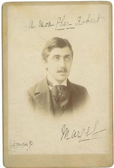 PROUST Marcel (1871-1922). - PROUST Marcel (1871-1922). - Photographie avec dédicace autographe signée, 1893 ; [...] Estimation :  8 000 € - 10 000 € Marcel Proust, France, Movie Posters, Movies, Auction, Portraits, Collections, November, Photographs
