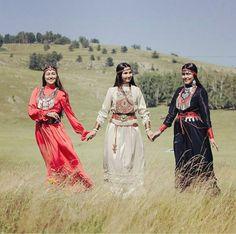 Turan Altai ,TÜRK Bashkirs kızları ,