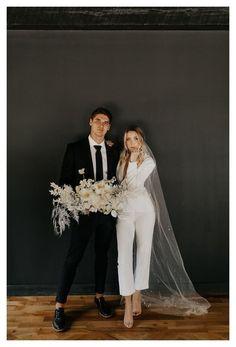 Wedding Suits, Wedding Gowns, Wedding Hair, Civil Wedding Dresses, Casual Wedding, Bridal Gown, Wedding Bells, Costumes Assortis, Top Wedding Dress Designers