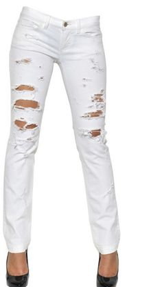 Image from http://cdnd.lystit.com/photos/2012/12/04/dolce-gabbana-white-girly-destroyed-washed-stretch-jeans-product-2-5718738-852352282_large_flex.jpeg.