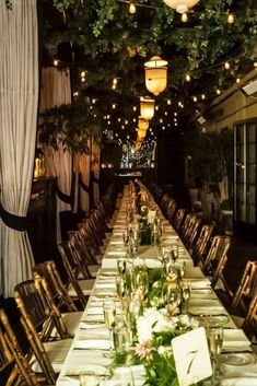http://www.modwedding.com/2014/10/03/iconic-luxury-wedding-gramercy-park-hotel/ #wedding #weddings