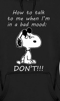 Sometimes things are better when you keep quiet ! Snoopy Images, Snoopy Pictures, Peanuts Quotes, Snoopy Quotes, Funny Quotes, Life Quotes, Funny Memes, Jokes, Hilarious