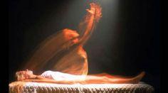 History: Cientistas afirmam que a alma pode abandonar o corpo e observá-lo A alma das pessoas que passam por um estado de morte clínica abandona o corpo físico e pode observar nitidamente o que acontece em seu entorno,...