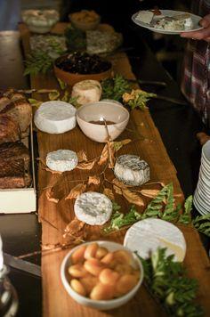Le Festin - With the chefs Sang Hoon Degeimbre (L'Air du Temps**), Clément Petitjean (La Grappe d'or *)  and Damien Bouchery (Bouchéry). Mise en scène par La Bouche.   www.culinaria-agency.com