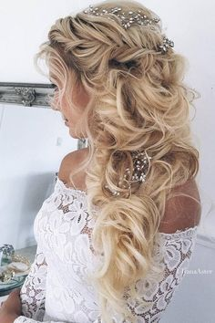 Ulyana Aster Long Wedding Hairstyles & Updos 12 / http://www.deerpearlflowers.com/romantic-bridal-wedding-hairstyles/3/