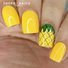 If you're looking to do seasonal nail art, spring is a great time to do so. The springtime is all about color, which means bright colors and pastels are becoming popular again for nail art. These types of colors allow you to create gorgeous nail art. Pineapple Nails, Watermelon Nails, Pineapple Jewelry, Pineapple Yellow, Pineapple Fruit, Pineapple Design, Nails Yellow, Yellow Nails Design, Best Nail Art Designs