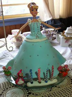 Cinderella cake with fondant mice
