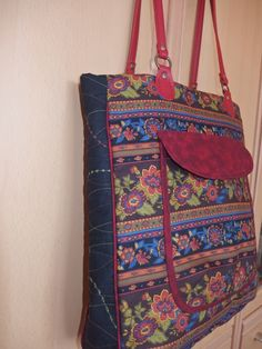 My Bags, Messenger Bag, Satchel, Fashion, Moda, Fashion Styles, Fashion Illustrations, Fashion Models, Backpack