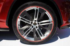 Все еще живой Lamborghini Urus Lamborghini Photos, Luxury Suv, Twin Turbo, Concept, Cars, Vehicles, Engine, Wheels, Design