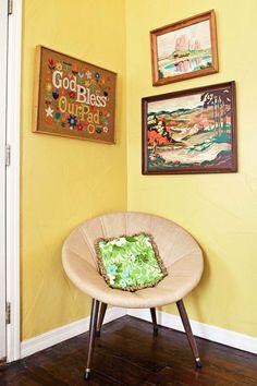 Keltainen talo rannalla: Blogistien kotona  boo-yah, paint by numbers.