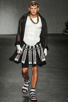 Sfilata Moda Uomo KTZ Londra - Primavera Estate 2015 - Vogue
