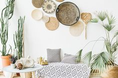 The 5 Biggest Summer Home Decor Trends, According To Experts urban trends home decor - Home Trends Summer Home Decor, Boho Interior, Boho Style Interior Design, Boho Style Interior, Home Interior Design, Cheap Home Decor, Trending Decor, Bohemian Kids Room, Home Decor Hacks