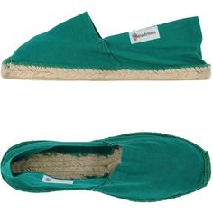 Espadrilles Espadrilles ($61) ❤ liked on Polyvore featuring shoes, sandals, emerald green, round toe flat shoes, flat espadrilles, round toe sandals, espadrilles shoes and rubber sole shoes
