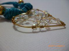 Pulsera en cuero azul, corazón con cristales!!!