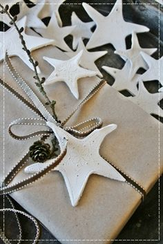 Stars by Vibeke Design VIBEKE DESIGN - made with air dry clay and etched with nails Merry Christmas, Coastal Christmas, Little Christmas, Christmas Photos, White Christmas, Christmas Holidays, Christmas Crafts, Christmas Decorations, Christmas Ornaments