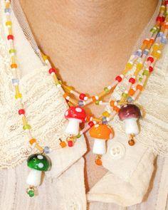 Beaded Jewelry Designs, Handmade Jewelry, Pulseras Kandi, Cute Jewelry, Jewelry Ideas, Beaded Necklace, Rainbow, Beads, Chain